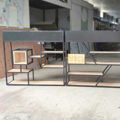 Kệ trang trí khung sắt có hộp gỗ làm vách ngăn GHF-6492