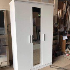 Tủ áo gỗ công nghiệp MDF chống ẩm 3 cánh có gương GHF-7039